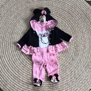 Minnie Mouse 3 piece Newborn outfit-EUC